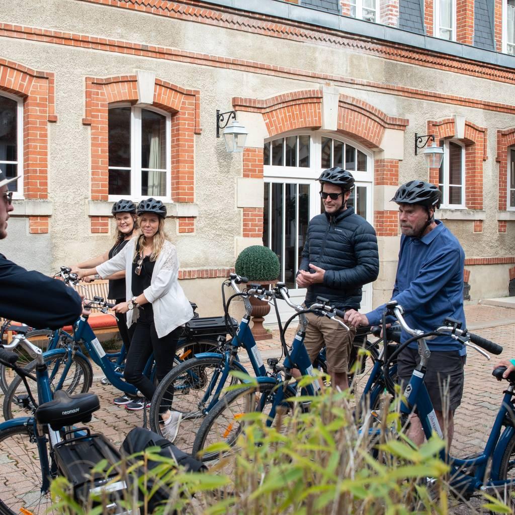 - Journée vélo électrique, Champagne & Déjeuner depuis Epernay