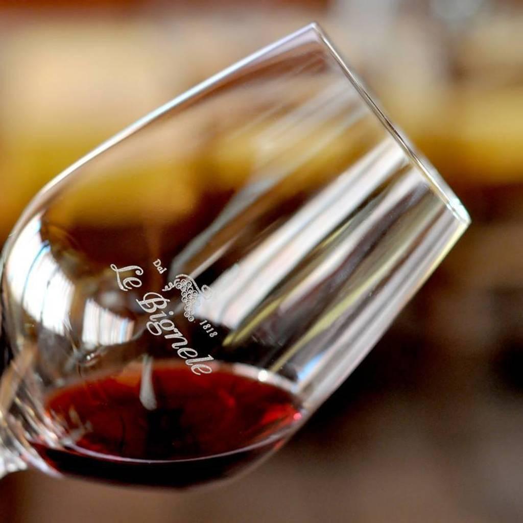 - Degustação de 7 vinhos na Valpolicella