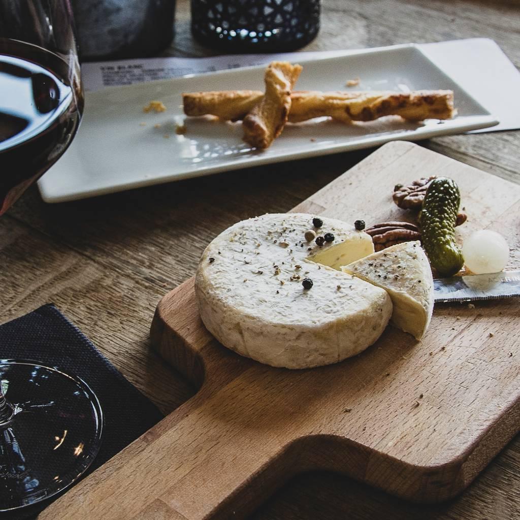 Atelier oenologique : sur le fromage, vin rouge ou vin blanc ?