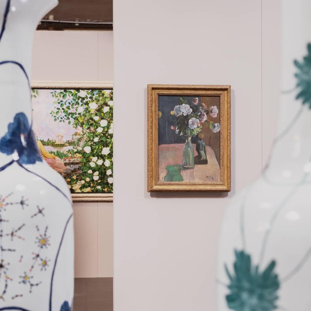 """- Selbstgeführte Tour durch die Pommery-Keller und die kurzlebige Ausstellung """"Blooming"""" sowie Doppelverkostung"""