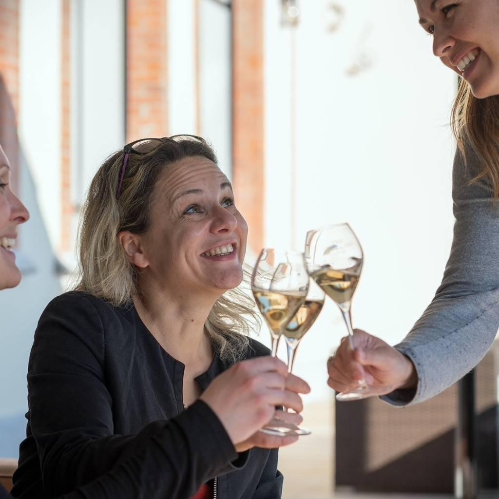 Tasting 5 Champagnes