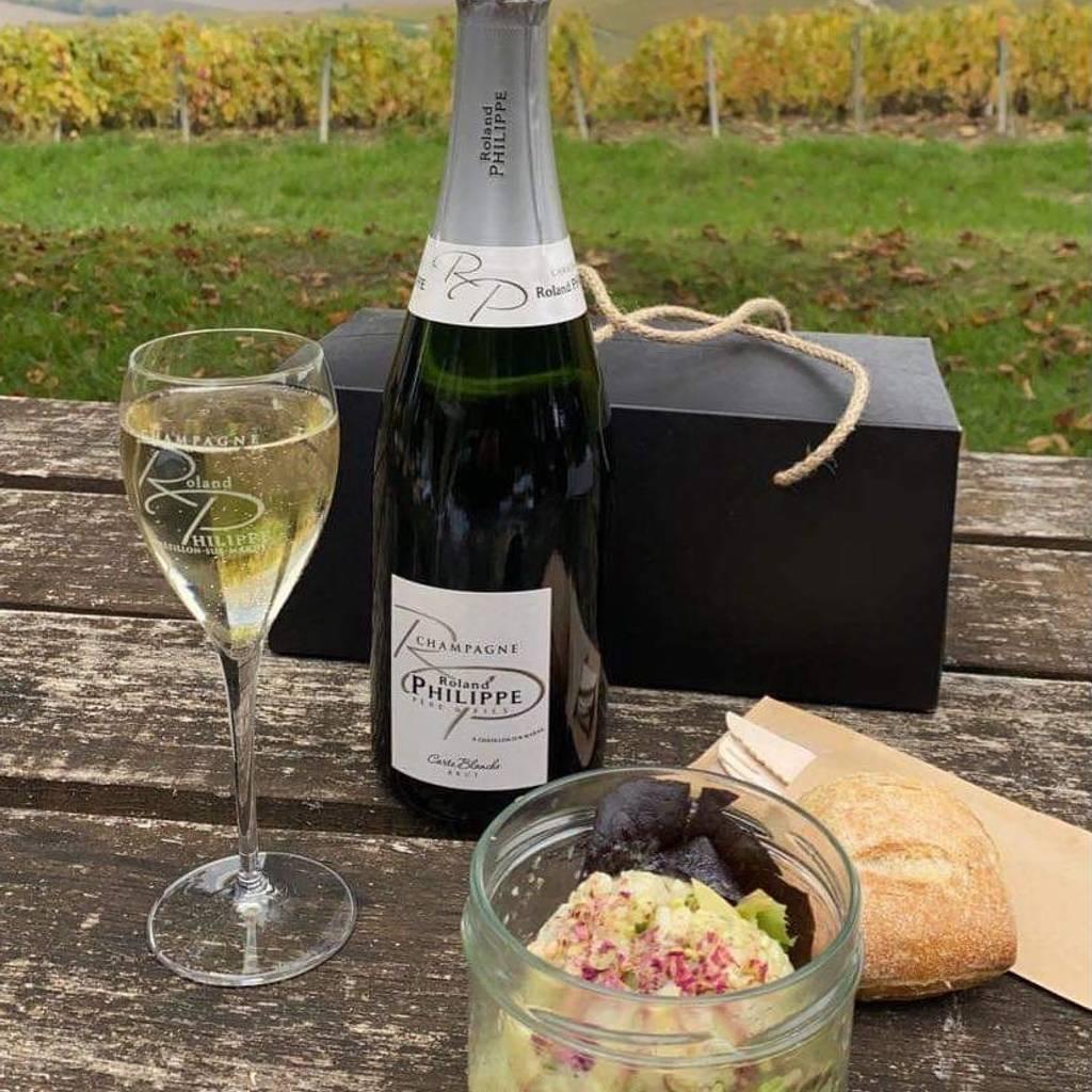 - Champagne Picnic