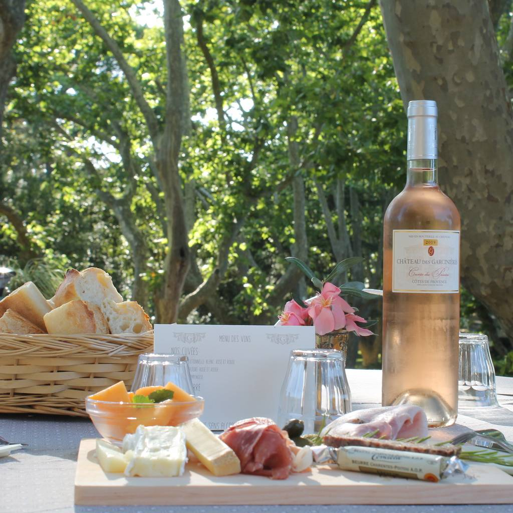 - Visita di un vigneto di famiglia con degustazione di vini