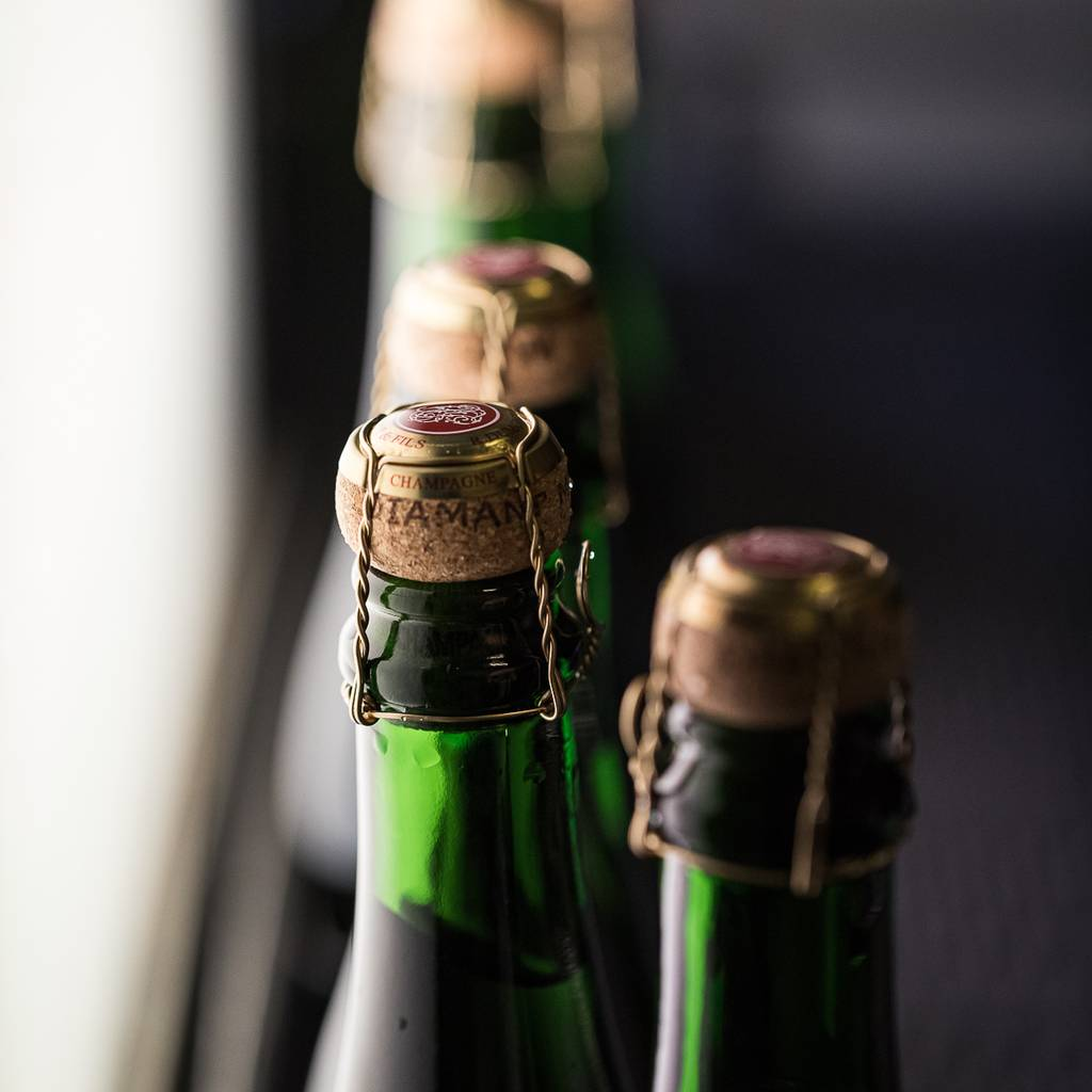 -  Discover and taste Champagne!