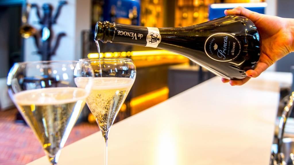 Visite et Dégustation de 4 coupes de Champagne Princes