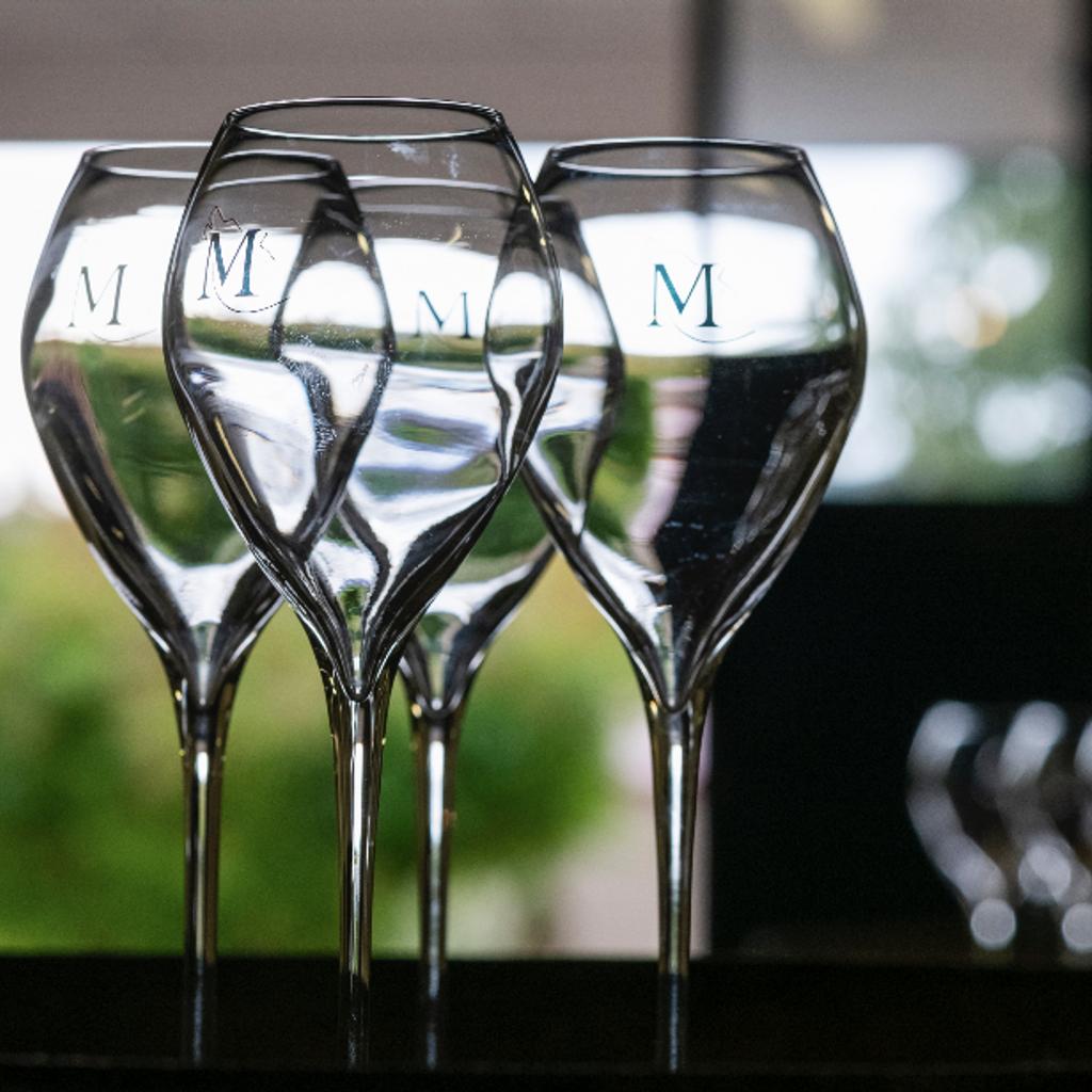 - Visite & dégustations chez un vigneron de la Montagne de Reims
