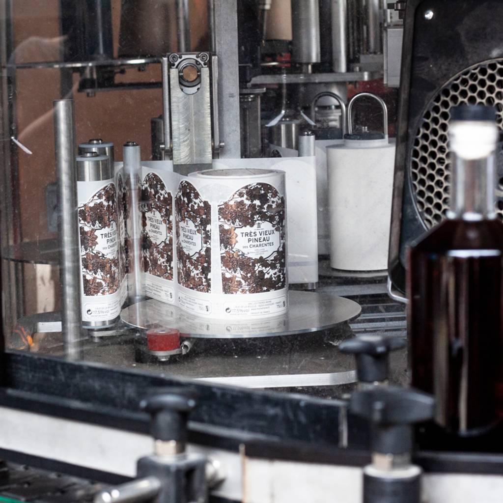 - The Secrets of Cognac and Pineau | Les Frères Moine