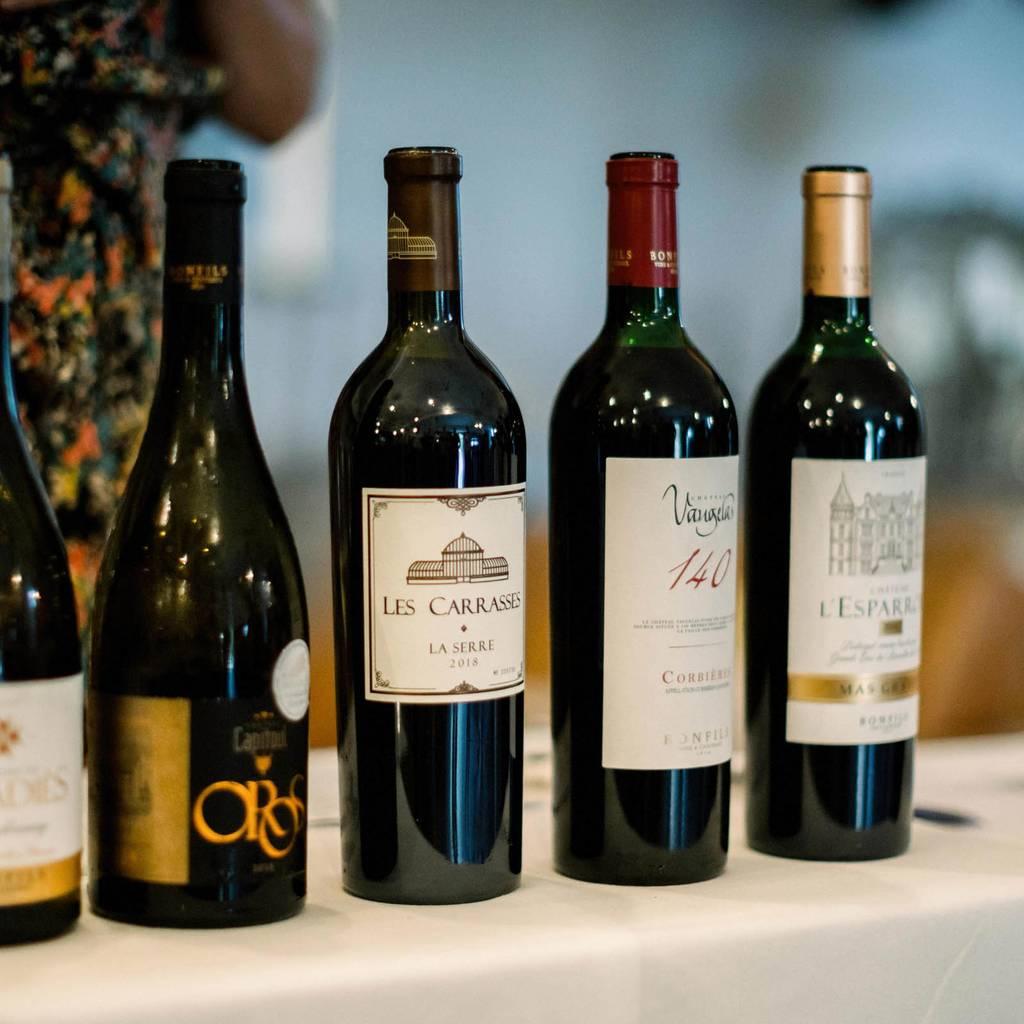 - Vine & Wine Evening