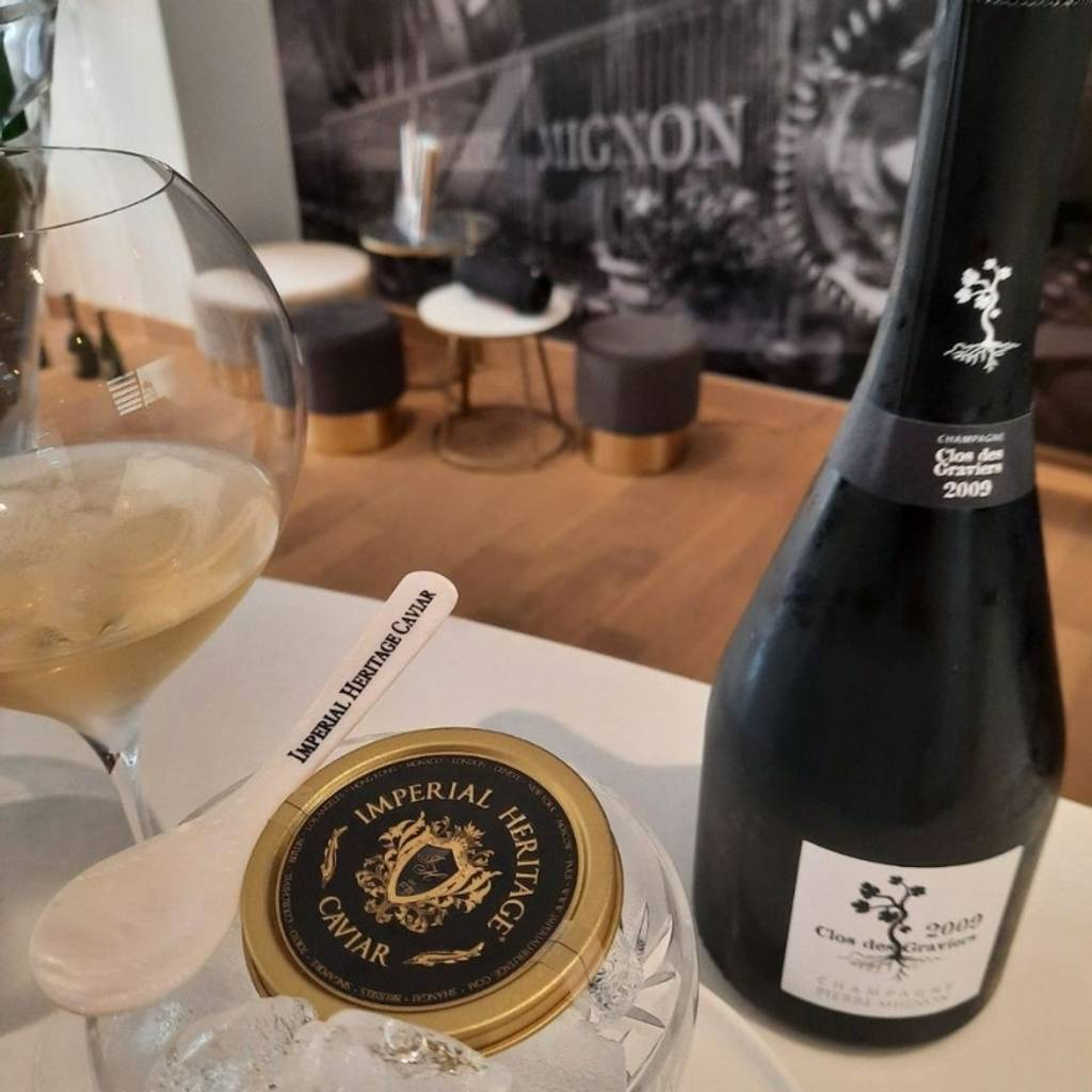 Champagne and Caviar : Champagne Exception