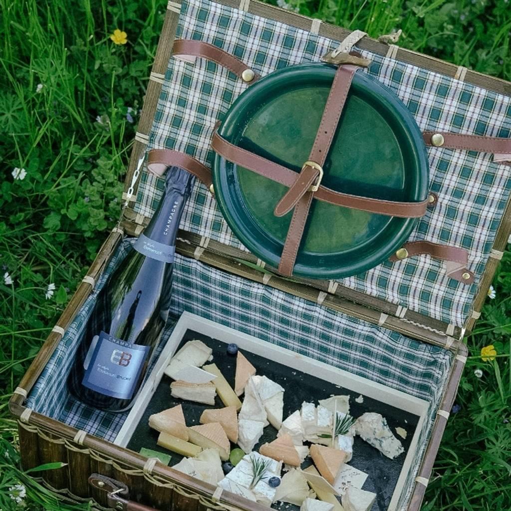 13 de junio - Visita del viñedo y picnic en Champagne en el corazón de los viñedos.