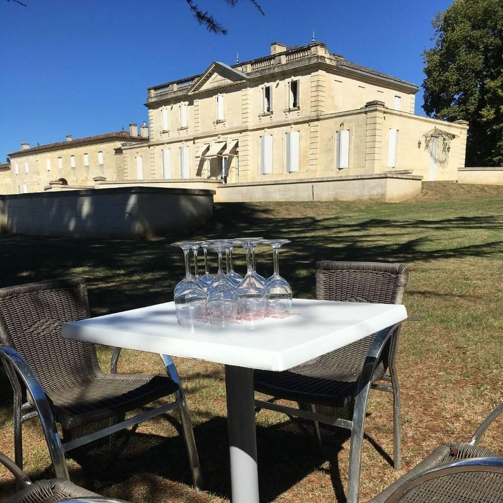 """- """"Déjeuner sur l'herbe"""" au Château Haut Piquat"""