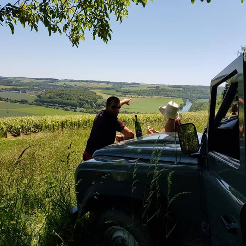 - Discover our Champagne with a Land Rover
