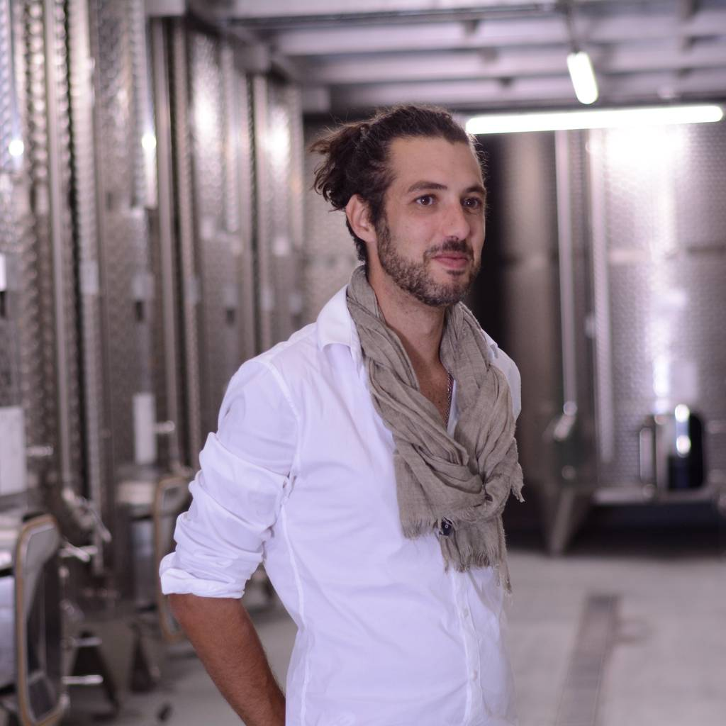 - The Cube: guided tour of the winery and tasting in the tank
